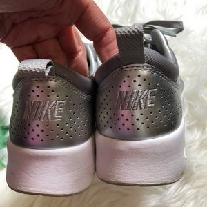 Nike Shoes - Nike silver tennis athletic sneaker shoe 8